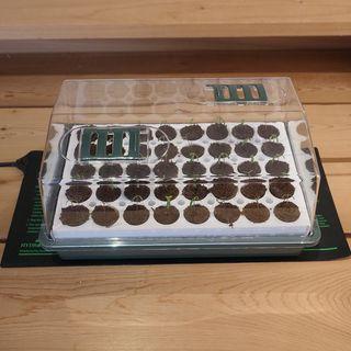 Waterproof Seedling Heat Mat - 9 inch x 19.5 inch Image