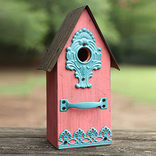 Metal/Wood Birdhouse Pink
