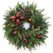 20-inch Holiday Apple Wreath